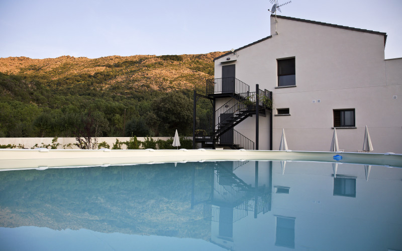 Rusticae Ávila Hotel charming swimming pool