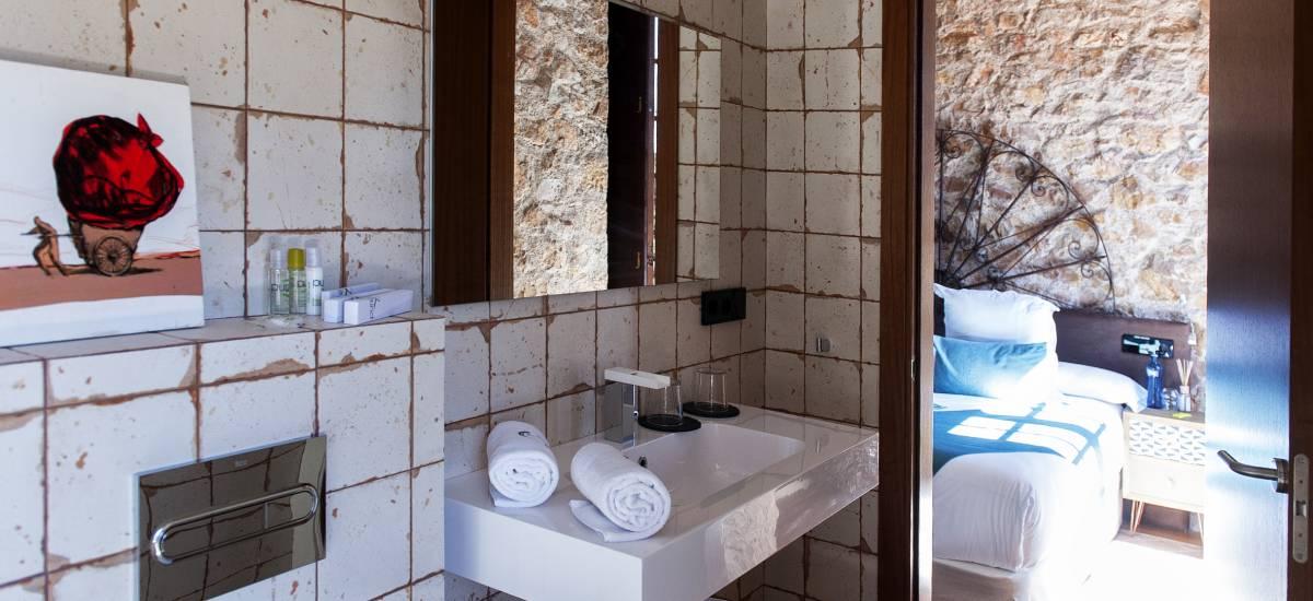 Hotel El Molí de L´Escala baños