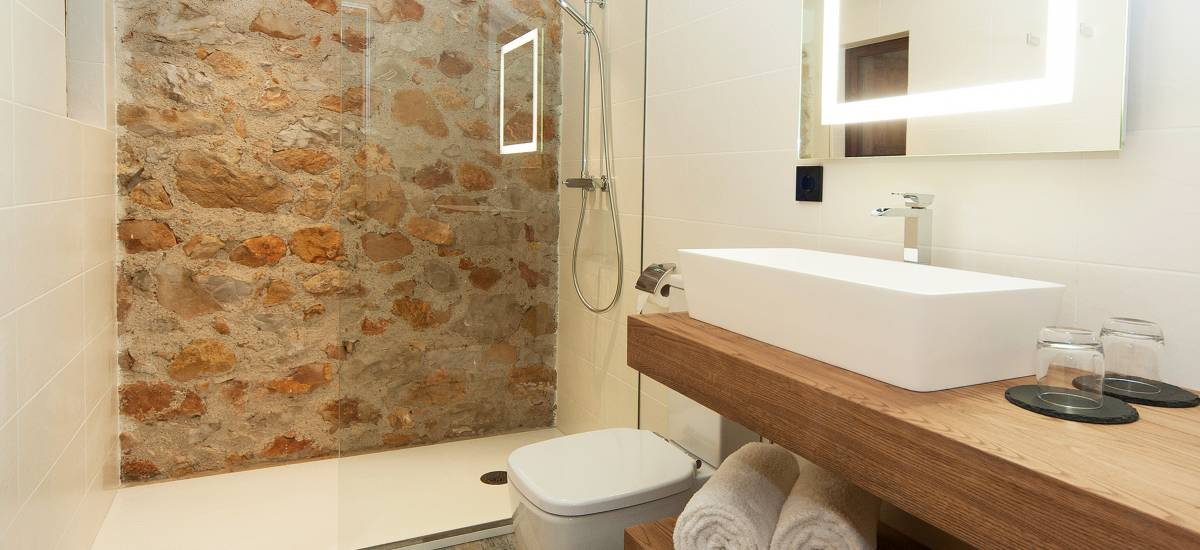 Hotel El Molí de L´Escala ducha