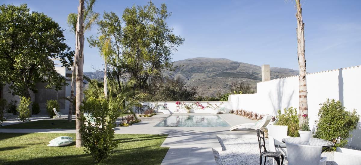 Finca Casa Bela full rental house Room Rusticae Garden 2