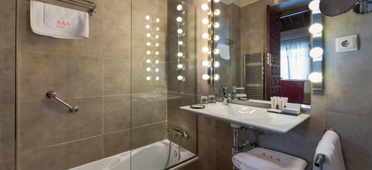 Rusticae Granada Hotel con encanto Aseo