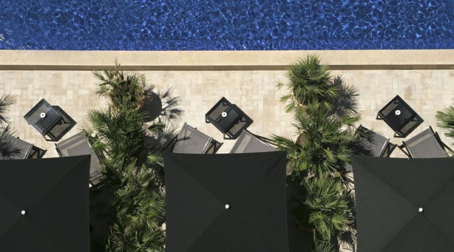 Rusticae Barcelona Hotel con encanto Terraza piscina