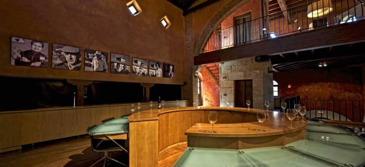 Rusticae Zamora luxury Hacienda Zorita Reserve reunion room