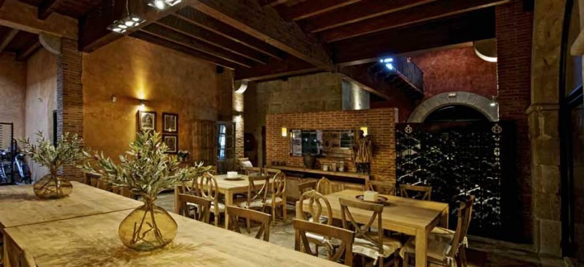 Rusticae Zamora luxury Hacienda Zorita Reserve dining room