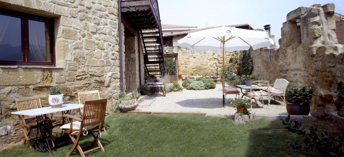 Rusticae La Rioja Hotel Señorío de Briñas rural terraza