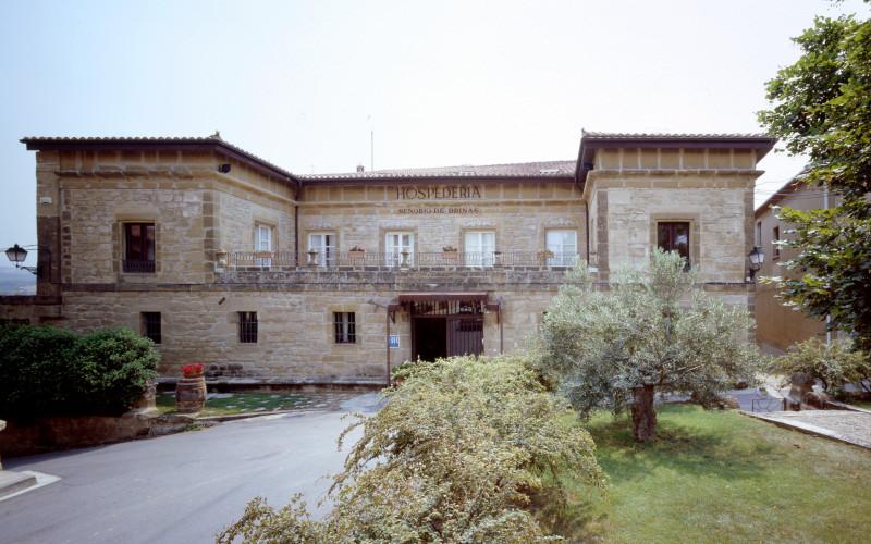 Rusticae La Rioja Hotel Señorío de Briñas rural outside