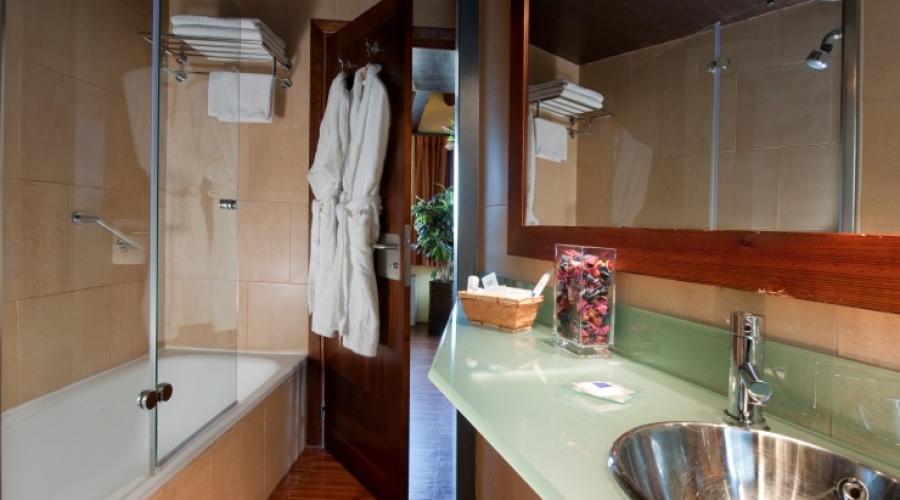 Rusticae Toledo Hotel Abad Toledo con encanto baño