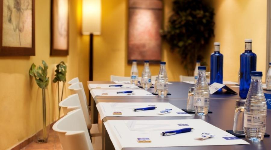 Rusticae Toledo Hotel Abad Toledo con encanto sala de reuniones