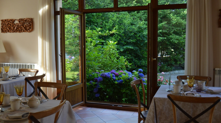 Rusticae Asturias Hotel Arpa de Hierba con vistas Comedor