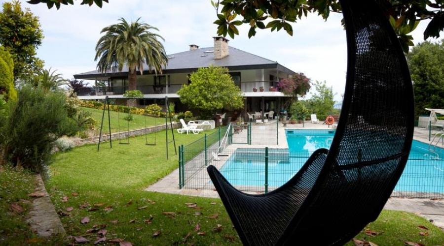 Rusticae Vizcaya Hotel Arresi de playa Piscina