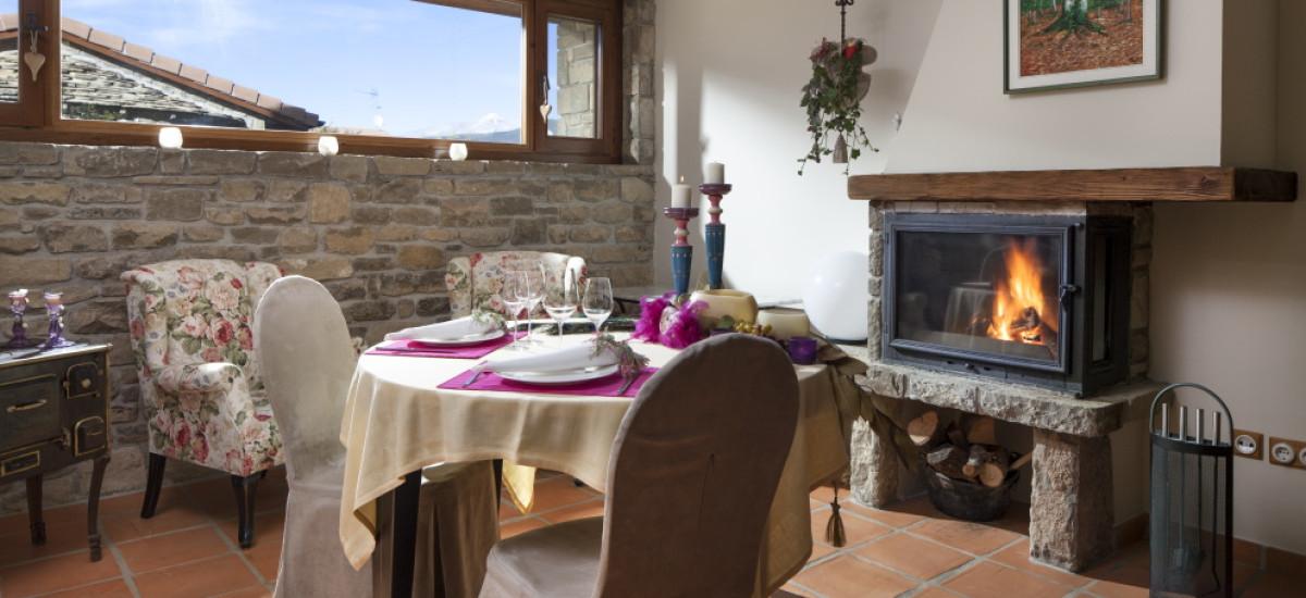 Rusticae Huesca charming Hotel Barosse bedroom