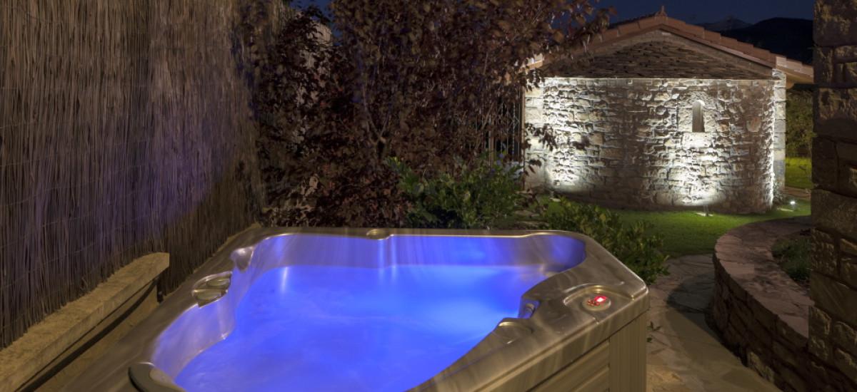 Rusticae Huesca charming Hotel Barosse jacuzzi