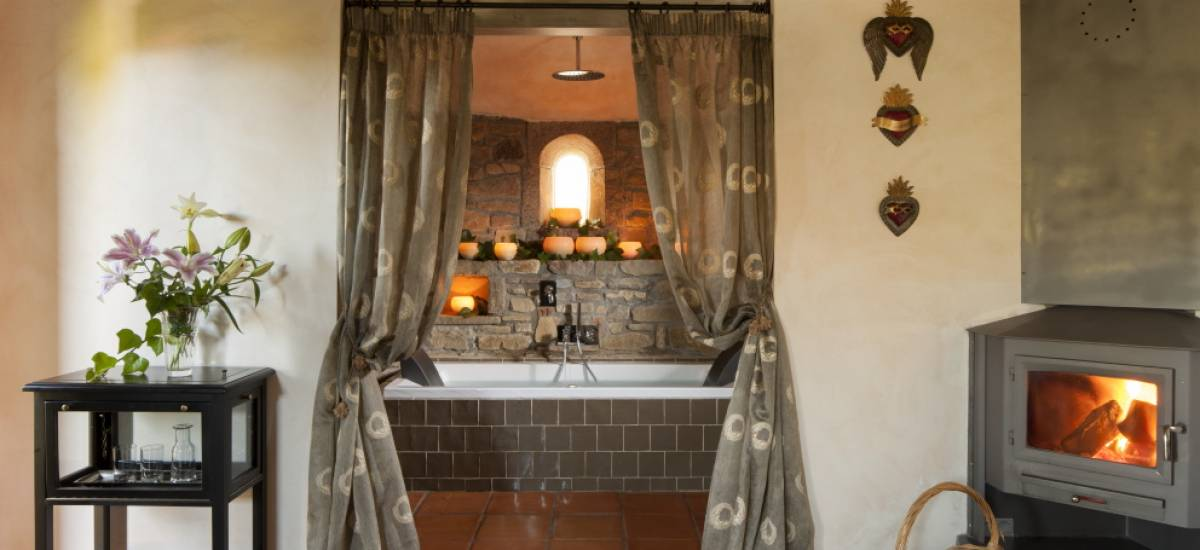 Rusticae Huesca charming Hotel Barosse bathroom