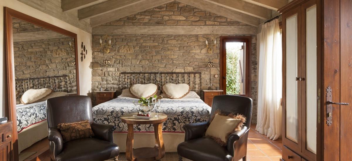 Hotel Barosse en Huesca Rusticae Video