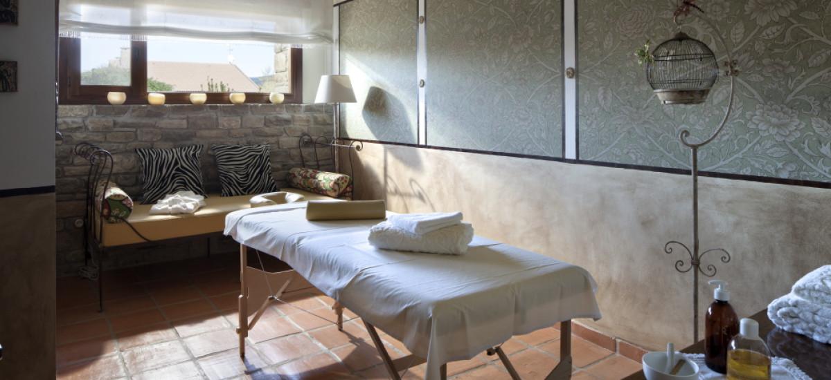 Rusticae Huesca charming Hotel Barosse massage