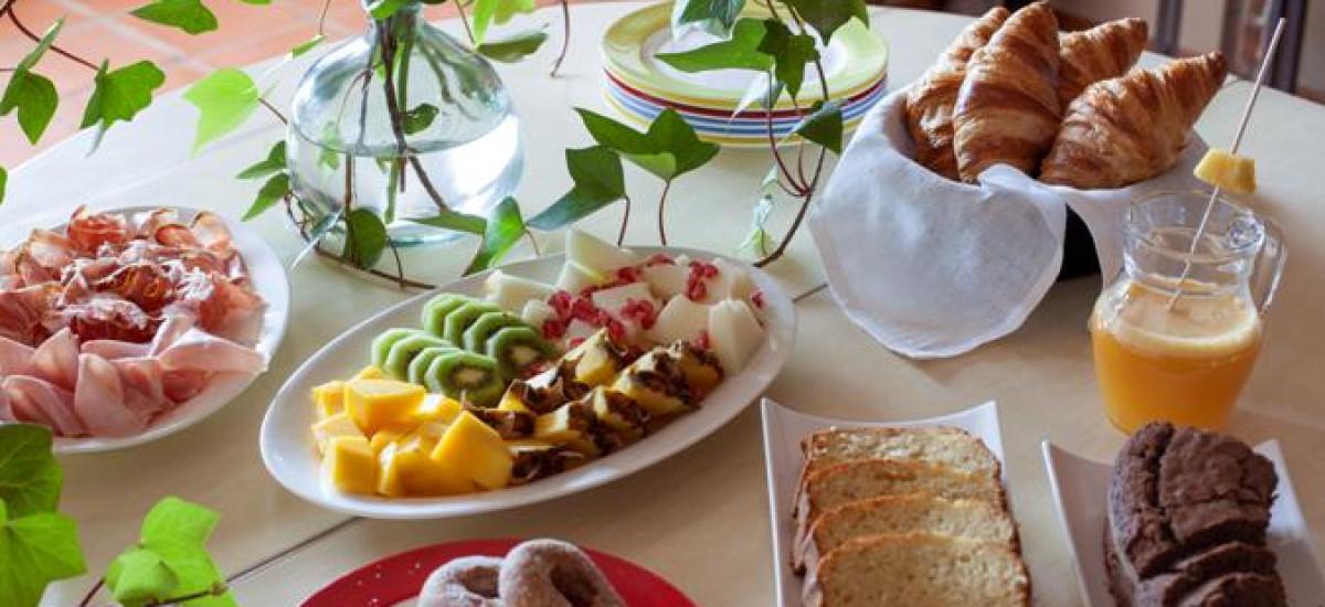 Rusticae Huesca charming Hotel Barosse breakfast