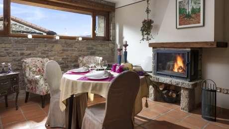 Rusticae Huesca Hotel con encanto Habitación salón