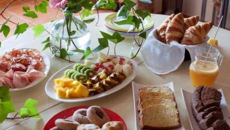 Rusticae Huesca Hotel con encanto Desayuno