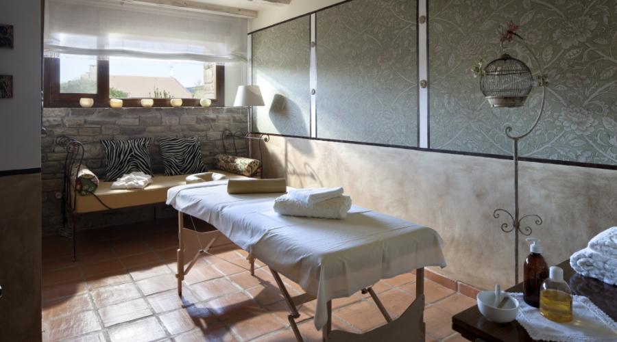 Rusticae Huesca Hotel con encanto Masaje