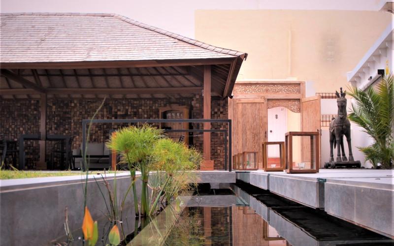 Hotel Boutique Botaniq Mojácar piscina fuente