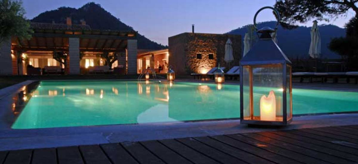 Rusticae Mallorca charming Hotel Can Simoneta swimming pool