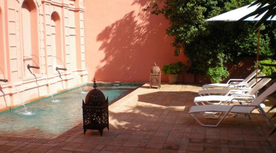 Hotel casa palacio conde de la corte hoteles con encanto for Hoteles en badajoz con piscina