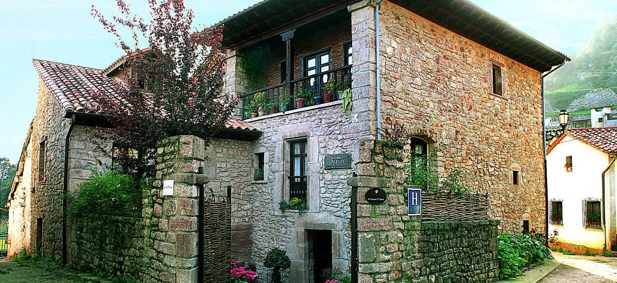 Hotel casona d 39 alevia hoteles con encanto en asturias for Hoteles con piscina asturias