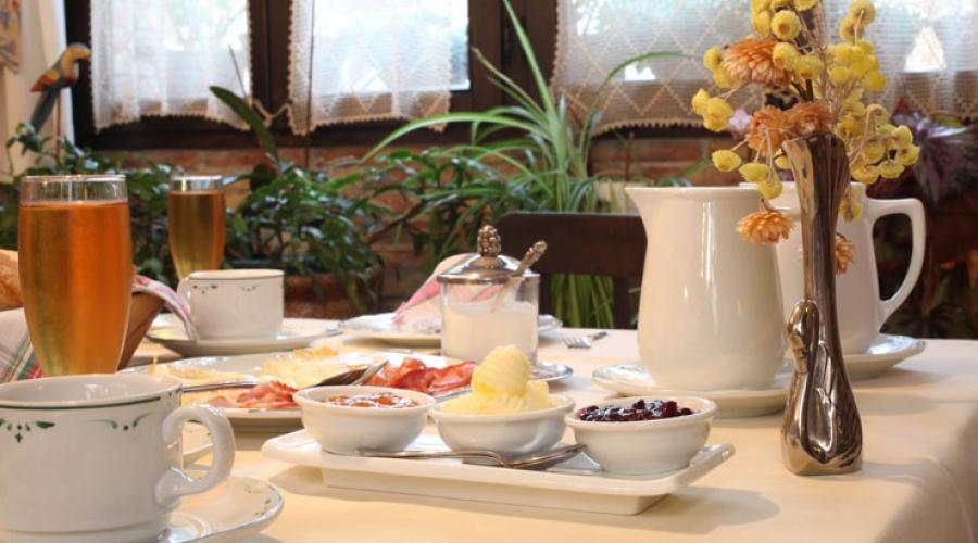 Rusticae Asturias Hotel Casona D'Alevia con vistas Desayuno