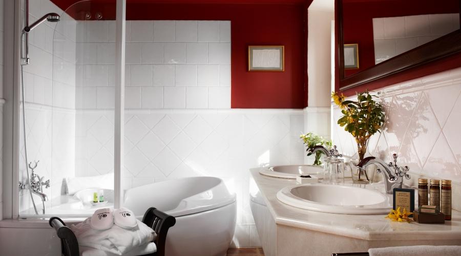 Rusticae Navarra Hotel Churrut con encanto baño