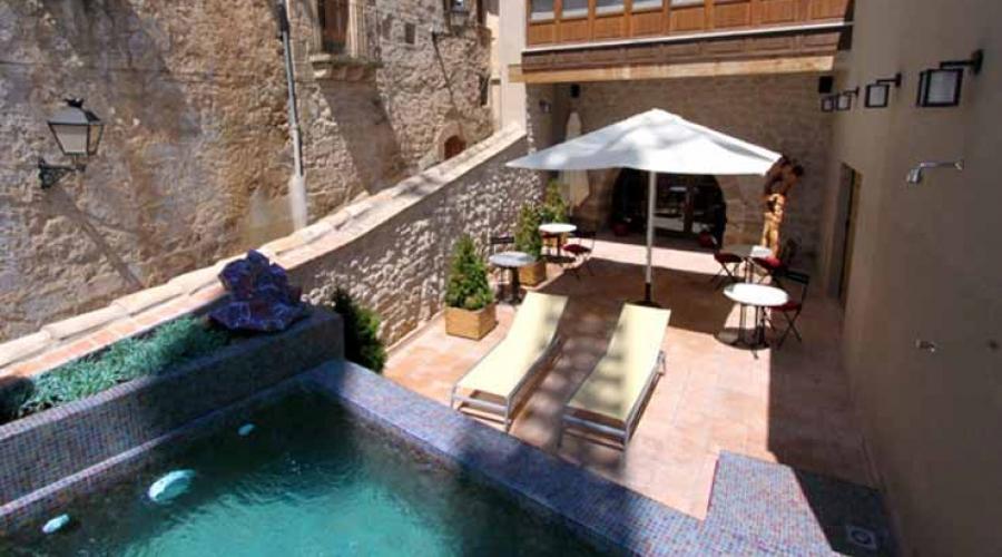 Hoteles Rusticae, Hoteles con piscina de impresión, Hoteles romá