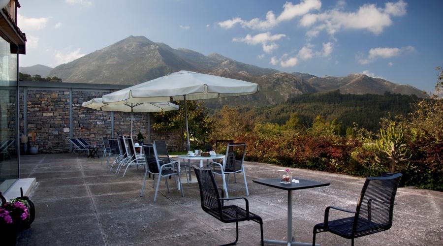 Rusticae Asturias Hotel El Babú de playa terraza