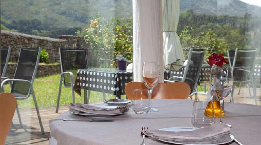 Rusticae Asturias Hotel El Babú con vistas Comedor