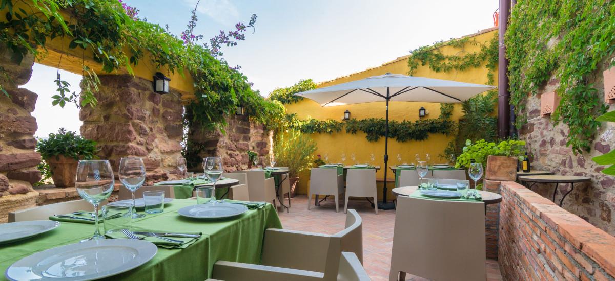 Rusticae charming Hotel Castellón terrace