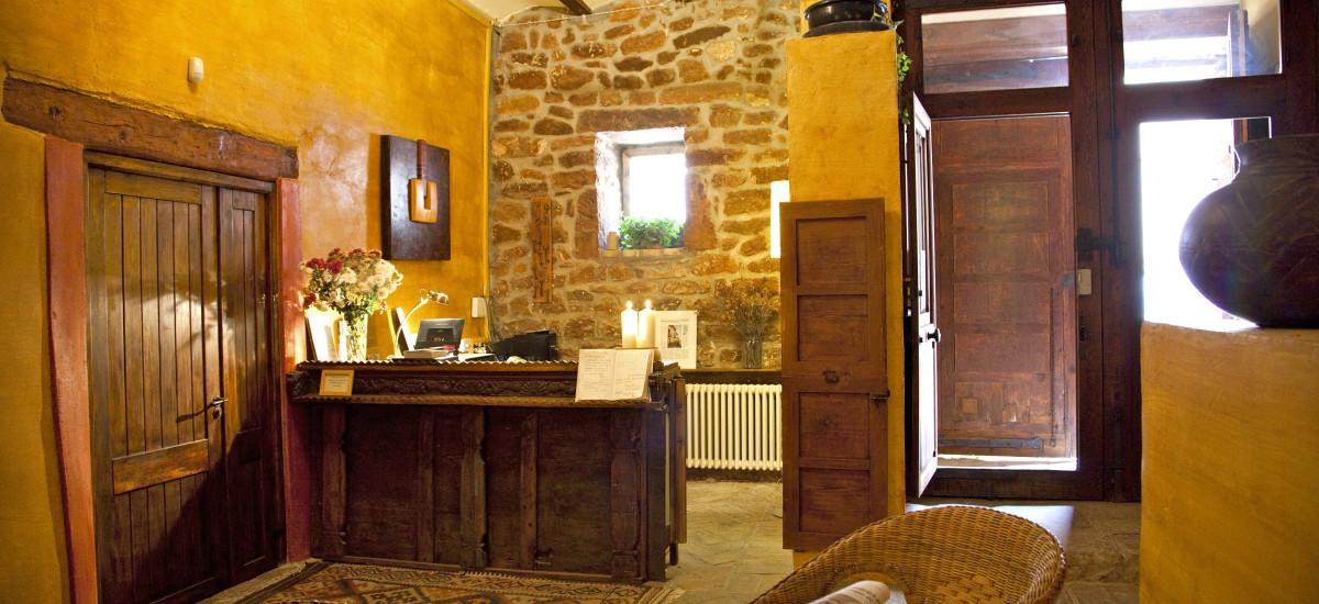 Rusticae charming Hotel Castellón reception
