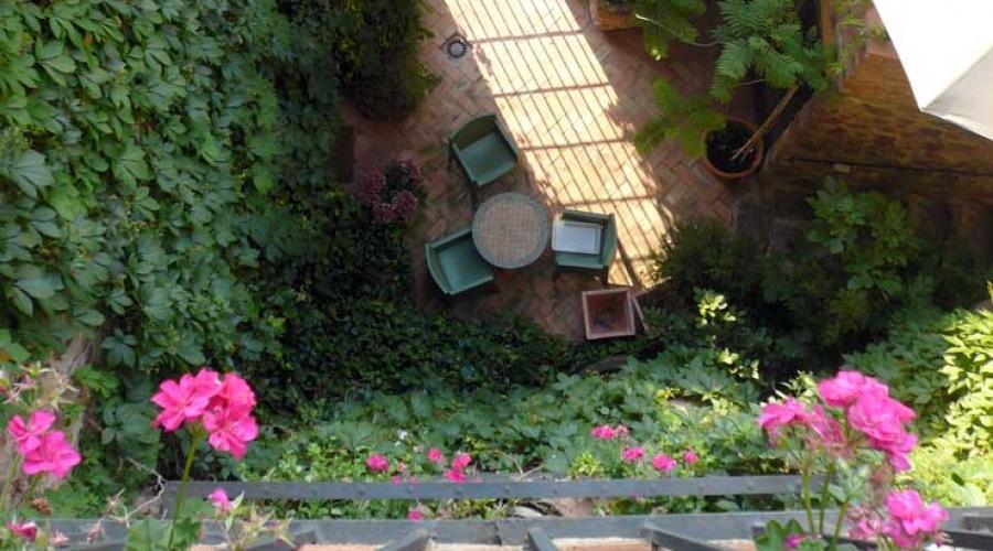 Hotel el jard n vertical hoteles con encanto en for Jardin vertical castellon