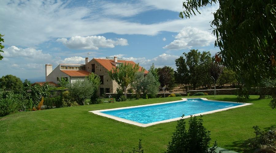 Rusticae Cáceres Hotel con encanto Piscina