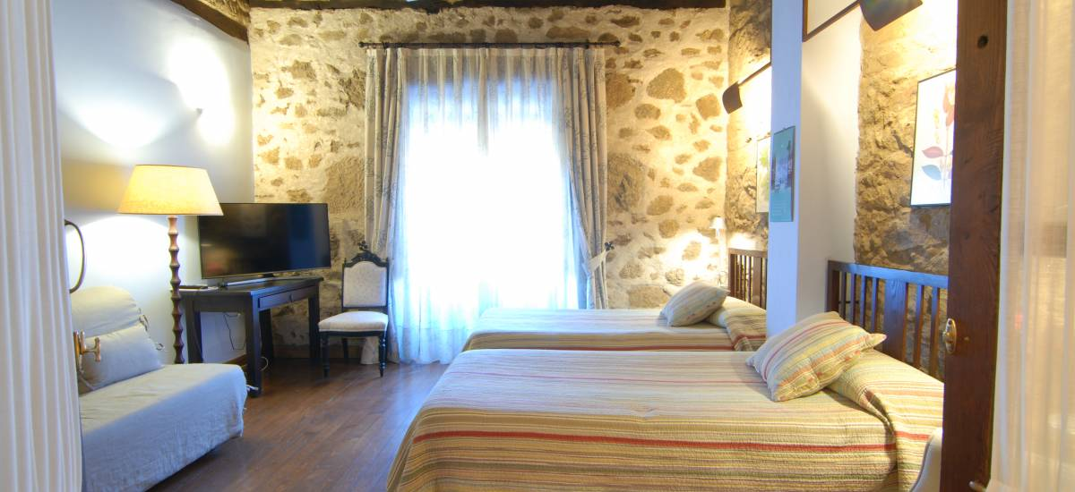 Caceres Rusticae charming hotel room