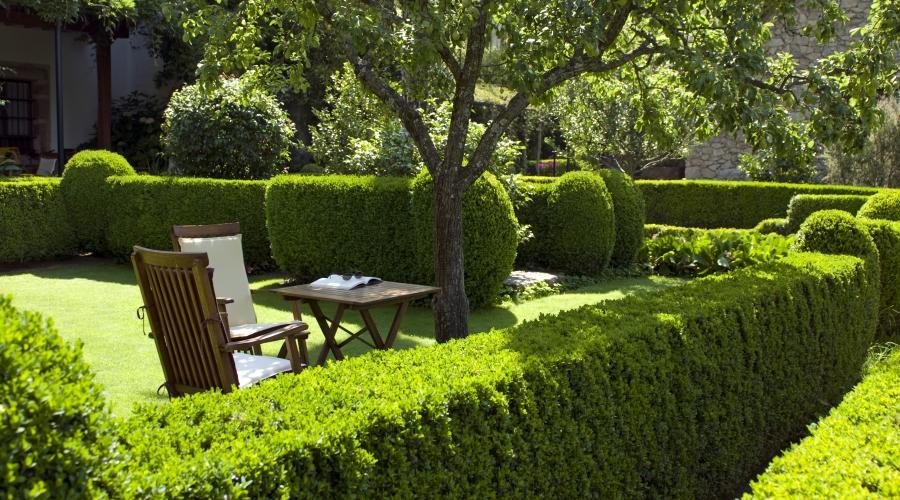Hotel jard n del convento hoteles con encanto en caceres for Jardin del convento