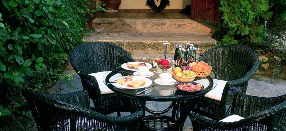 Rusticae Toledo Hotel L'Estació con encanto Terraza