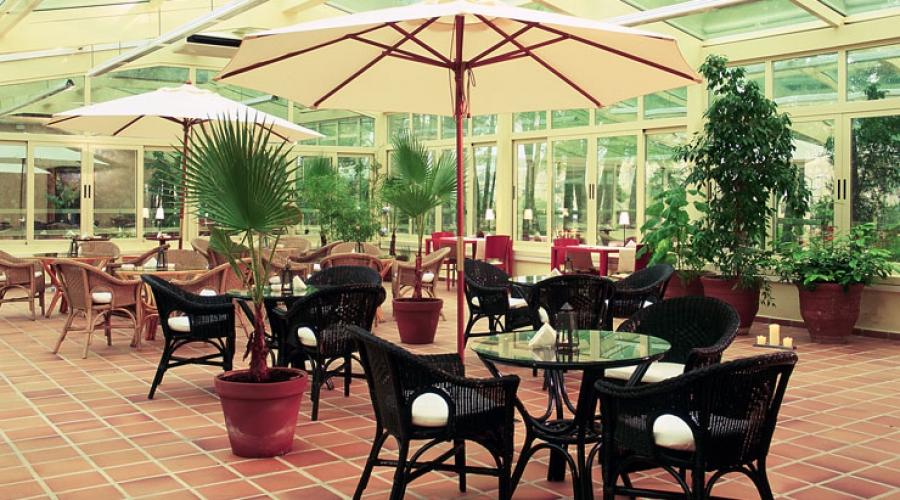 Hoteles Rusticae, Hoteles con piscinas de impresión, Hotel color