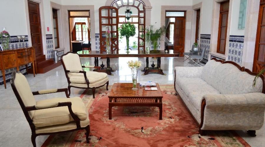 Hotel la casa del jard n rusticae espa a for Casa jardin hotel