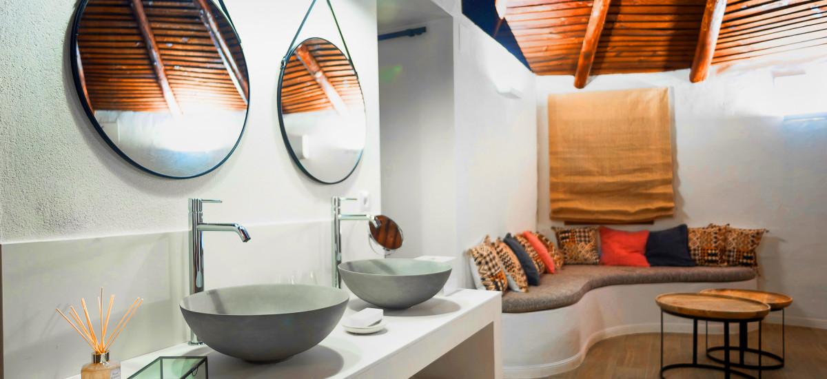 Hotel Las Tejuelas Rusticae bath2
