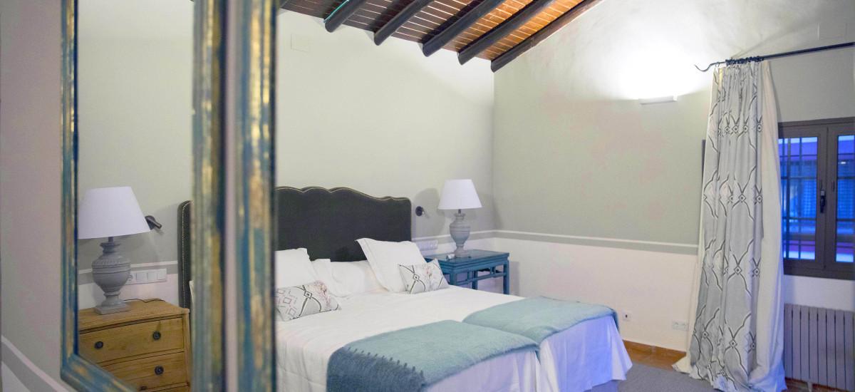 Hotel Las Tejuelas, Hotel Las Tejuelas Rusticae room blue
