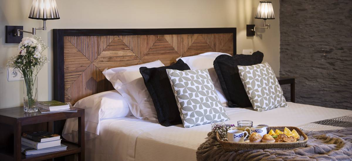 Hotel Pleamar en Asturias cama2