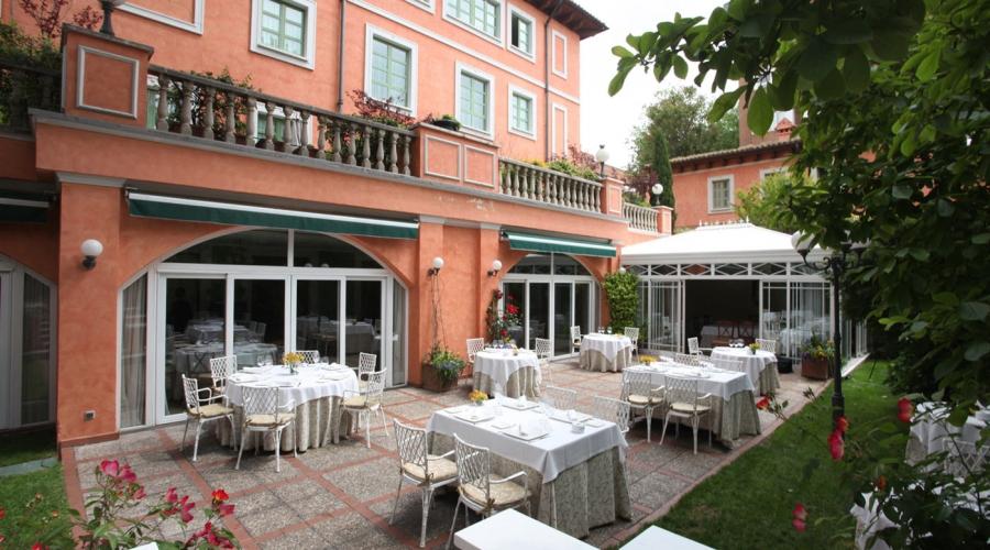 Rusticae Madrid Hotel Quinta de los Cedros gastronómico Exterior