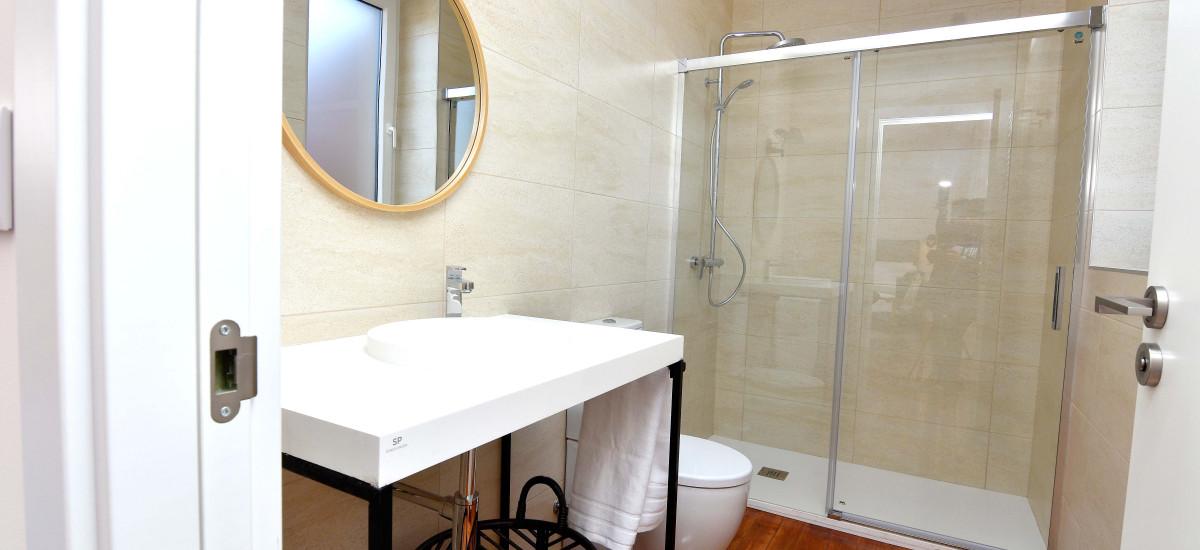 SANMARTINA HOTEL Becerril de Campos baño