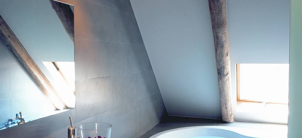 Rusticae Lleida charming Hotel Sant Roc bathroom