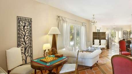 Rusticae Burgos Hotel con encanto Zona común