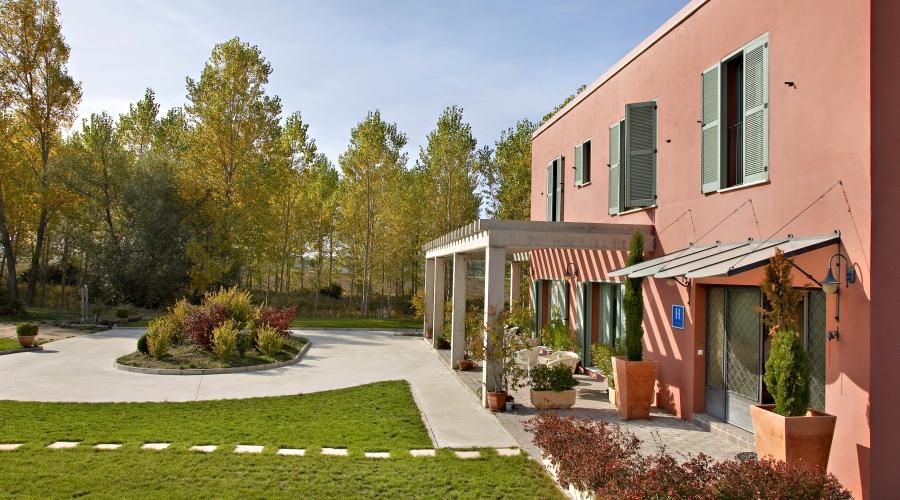 Rusticae Burgos Hotel con encanto Exterior