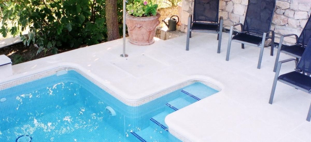 Rusticae Guadalajara charming HotelSpa Cardamomo swimming pool